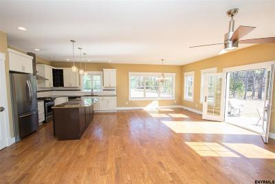 Wilton Single Family Home For Sale: 4 Eighteenth Pass