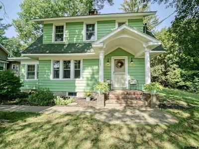Niskayuna Single Family Home For Sale: 1505 Van Antwerp Rd