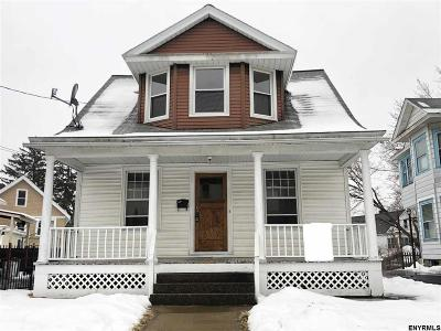 Schenectady Single Family Home For Sale: 409 Plymouth Av