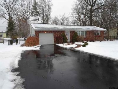 Voorheesville Single Family Home For Sale: 16 Circle Dr