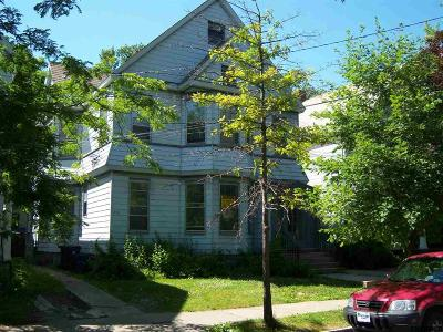 Schenectady Multi Family Home For Sale: 1055-1057 University Pl