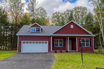 Wilton Single Family Home For Sale: 7 Huckleberry Finn Ct