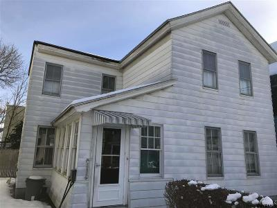 Amsterdam Single Family Home For Sale: 8 Eagle St