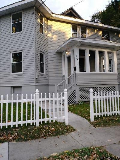 Rensselaer Single Family Home For Sale: 1244 2nd St