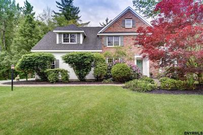 Guilderland Single Family Home For Sale: 101 Blockhouse Creek Ct