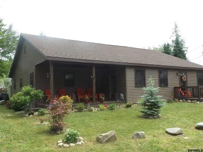 Broadalbin Single Family Home New: 150 Ridgewood Av
