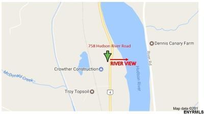 Halfmoon Single Family Home For Sale: 758 Hudson River Rd