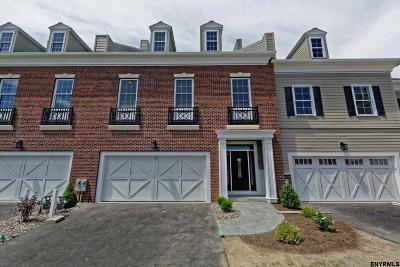 Single Family Home For Sale: 34 Cambridge Way