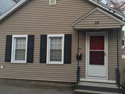 Cohoes Single Family Home For Sale: 28 Lancaster St