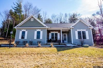 Clifton Park Single Family Home For Sale: 7 Lussier Dr