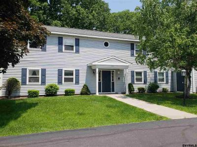Colonie Single Family Home For Sale: 162 Cedarview La