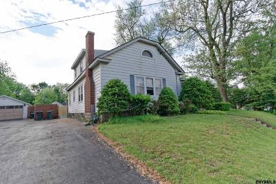 Colonie Single Family Home For Sale: 13 Willow Av