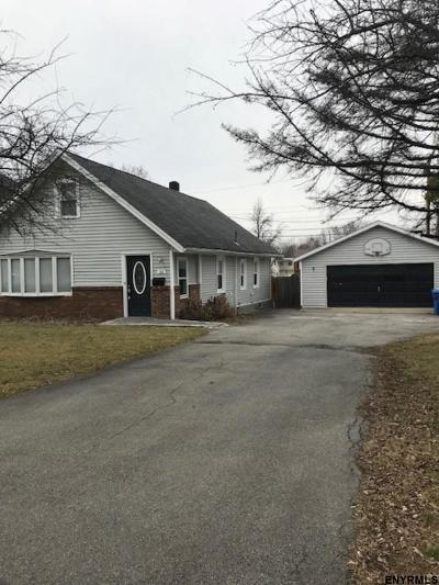 Albany NY Single Family Home For Sale: $180,000