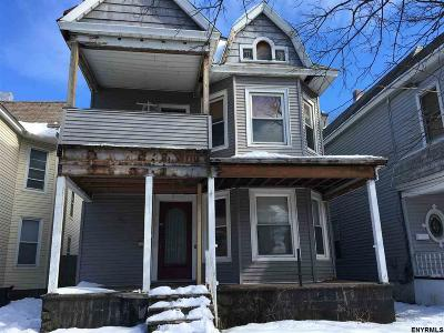 Schenectady Multi Family Home For Sale: 130 Park Pl