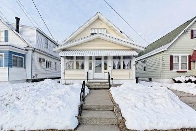 Schenectady Single Family Home For Sale: 1426 Woolsey St