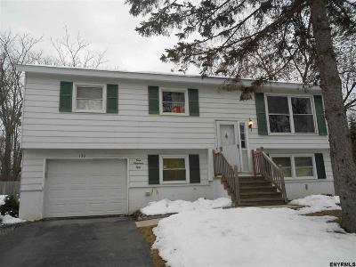 Voorheesville NY Single Family Home For Sale: $254,900