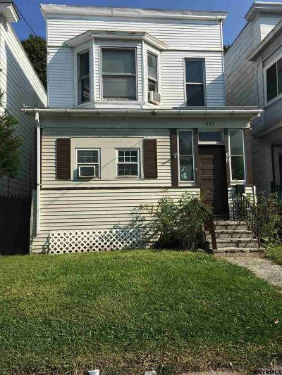 Albany NY Single Family Home For Sale: $77,900