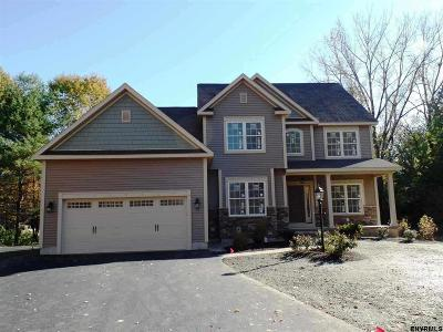 Clifton Park Single Family Home New: 15 Fieldstone Dr