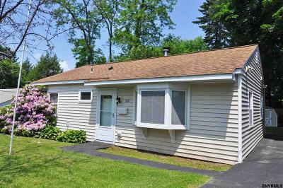 East Greenbush Single Family Home For Sale: 209 Madison Av East