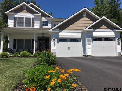 Saratoga County Single Family Home For Sale: 54 Lakepointe Way