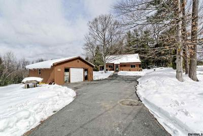Saratoga County Single Family Home New: 668 County Route 25