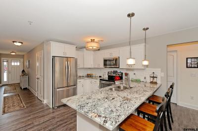 Rotterdam Single Family Home For Sale: 135 Homestead Ct