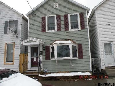 Watervliet Single Family Home For Sale: 203 15th St