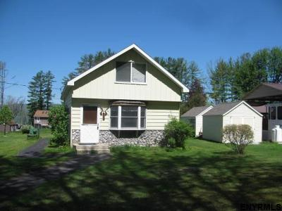 Broadalbin Single Family Home For Sale: 553 Lakeview Rd