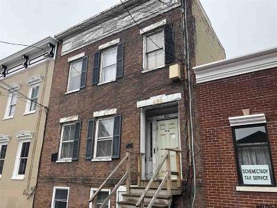 Schenectady Multi Family Home For Sale: 408 Union St