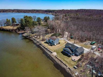 Saratoga County Single Family Home For Sale: 55 Stony Point Rd