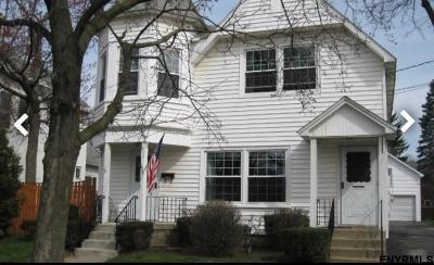 Saratoga Springs Single Family Home For Sale: 159 Lake Av