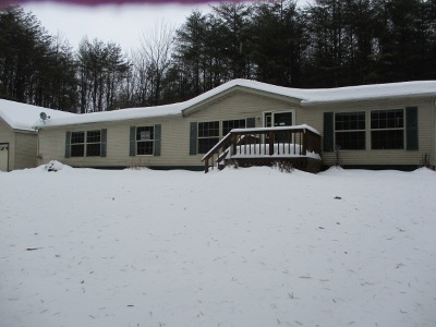 Gloversville NY Single Family Home For Sale: $124,900