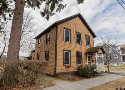 Saratoga Springs Single Family Home For Sale: 92 Oak St