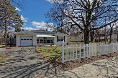 Colonie Single Family Home For Sale: 567 Albany Shaker Rd