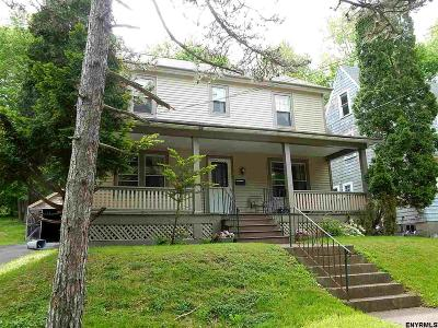 Troy Single Family Home For Sale: 154 Maple Av