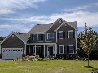 Guilderland Single Family Home For Sale: 1236 Alexander Ct