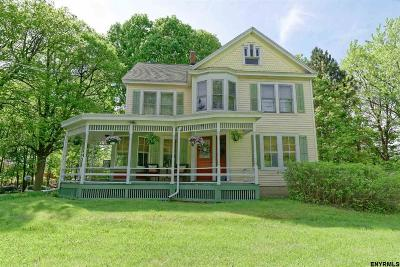 Brunswick Single Family Home For Sale: 966 Hoosick Rd
