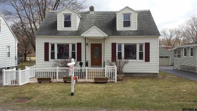 Colonie Single Family Home For Sale: 45 Hackett Av