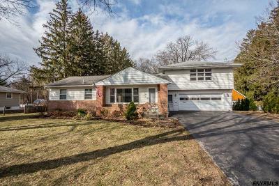 Albany County Single Family Home For Sale: 129 Cherry Av