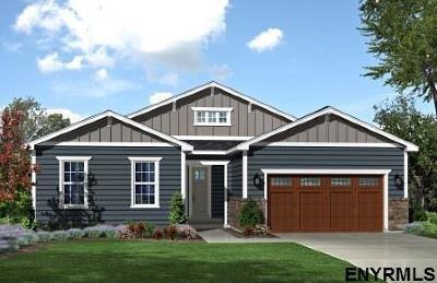 Halfmoon Single Family Home For Sale: 35 Howland Park Dr