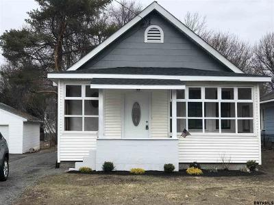 Colonie Single Family Home For Sale: 101 Sand Creek Rd