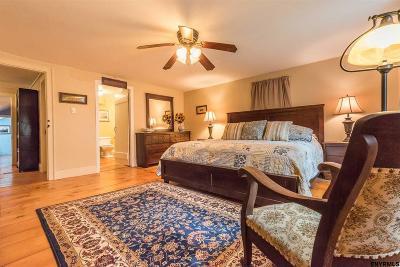 Columbia County Single Family Home For Sale: 117 Smith La