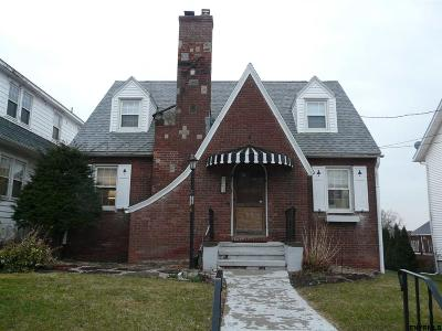 Troy Single Family Home For Sale: 1604 Park Blvd