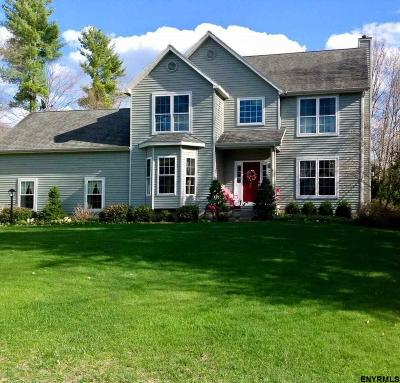 Wilton Single Family Home For Sale: 25 Moonglow Rd