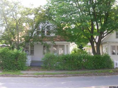 Troy Single Family Home For Sale: 18 North Lake Av