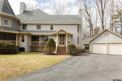 Saratoga Springs Single Family Home For Sale: 43 Sarazen St
