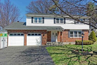 Colonie Single Family Home New: 41 Hampshire Way