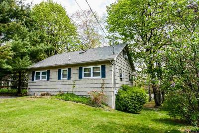 Copake Single Family Home For Sale: 77 Lakeshore Dr