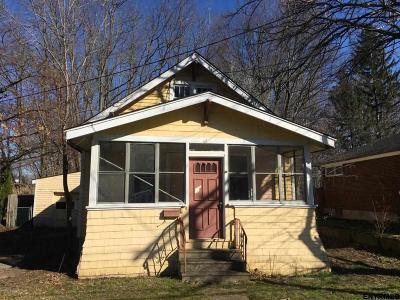 Albany Single Family Home New: 61 Daytona Av
