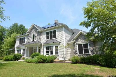 Single Family Home For Sale: 221 Font Grove Rd